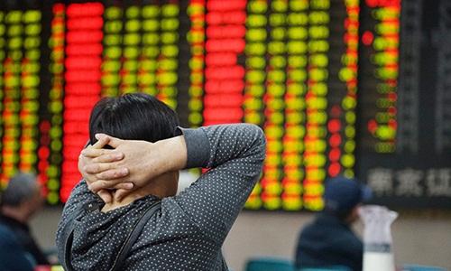 Nỗi lo suy thoái kinh tế toàn cầu vì chiến tranh thương mại Mỹ - Trung