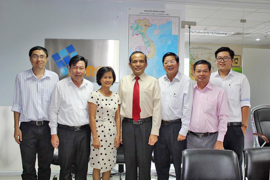 Lãnh đạo HoREA làm việc với Lãnh đạo Ủy ban nhân dân thị xã Điện Bàn, tỉnh Quảng Nam và một số doanh nghiệp bất động sản để tìm kiếm cơ hội đầu tư và góp phần phát triển thị xã Điện Bàn, ngày 27/7/2017