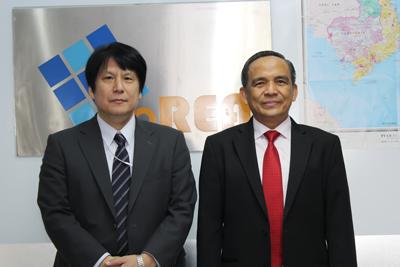 Chủ tịch HoREA, Ông Lê Hoàng Châu và Ông Phó Tổng Lãnh sự quán Nhật Bản tại TPHCM Yoshinori Yakabe