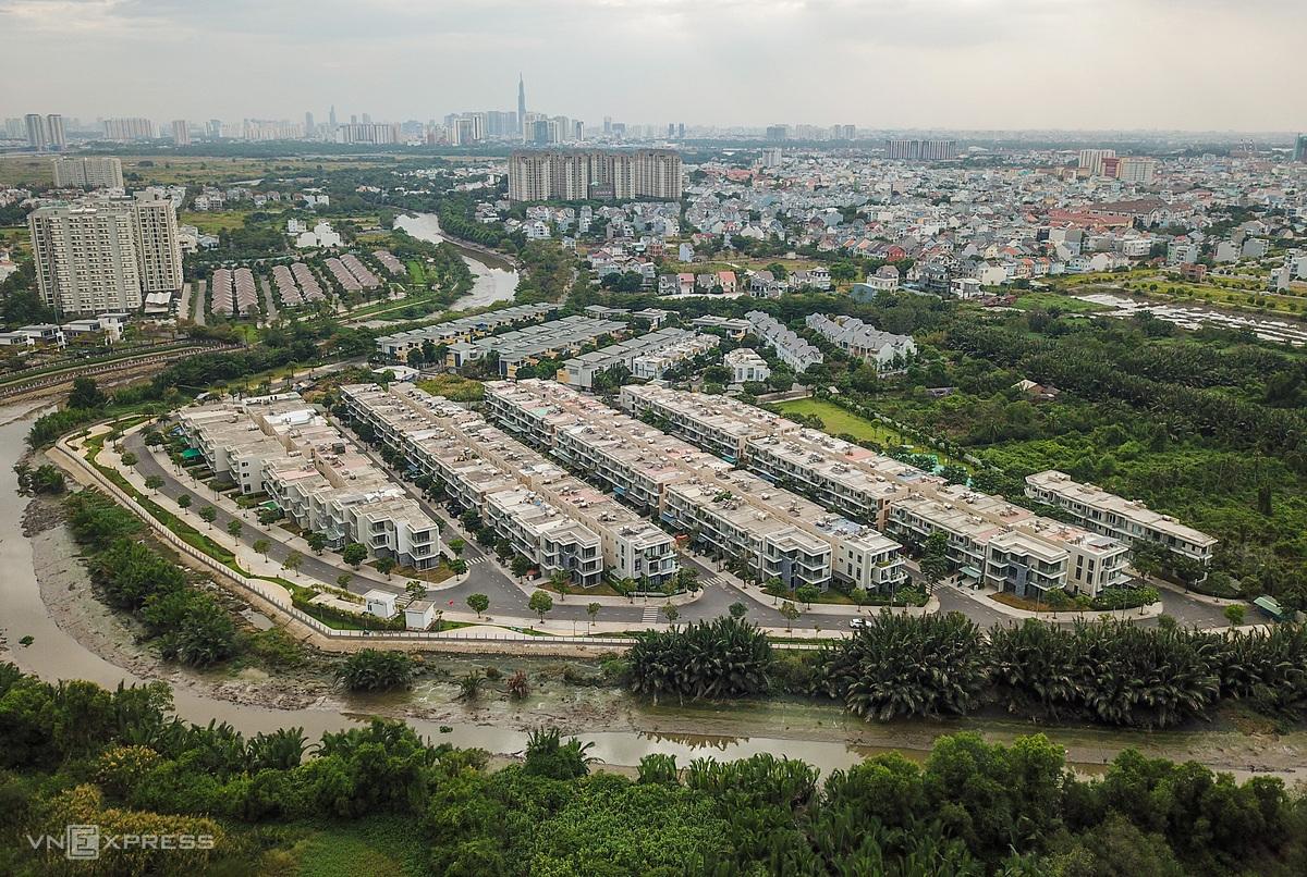 Giá chào bán nhà phố dự án tăng gần 36%