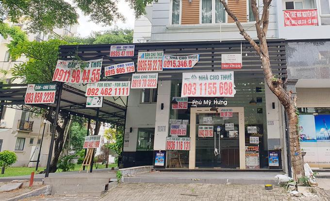 Nghịch lý giá thuê bất động sản lao dốc, giá bán leo thang