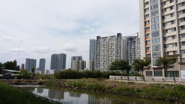 Cận cảnh đại công trường khu Đông Sài Gòn, cung cấp cho thị trường hơn 20.000 căn hộ trong năm 2017